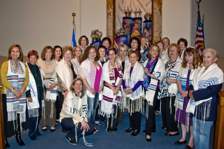 south windham jewish women dating site Dating advice for jewish singles when joining a dating site you are typically asked about your religion jewish dating sites go one step further, and ask for specific details choosing the right setting from a list is quite easy, but be aware that later down the line you must voice your values and experiences with your faith to your partner.